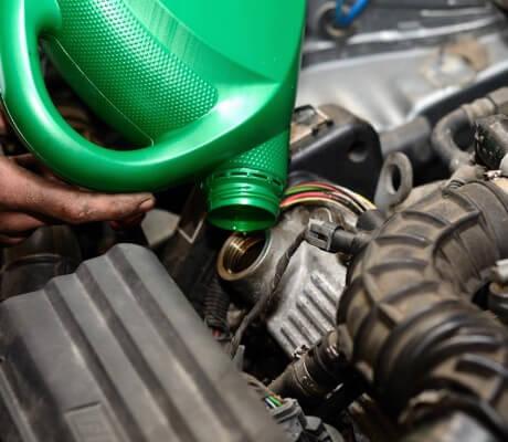 Wymiana oleju i naprawa hamulców